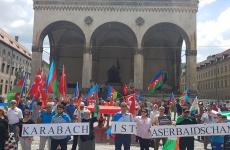 Azeri yürüyüş